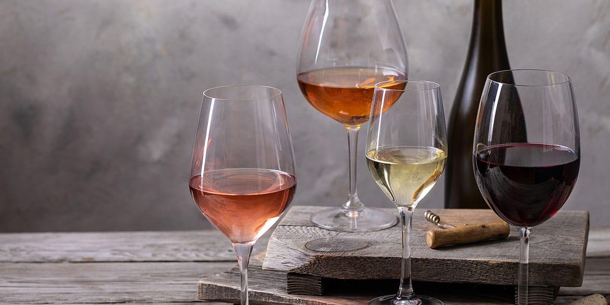 Una copa para cada tipo de vino