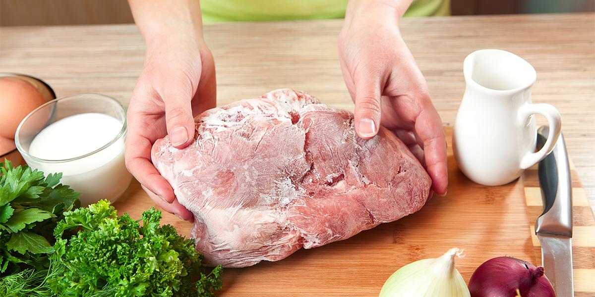 cómo descongelar la carne