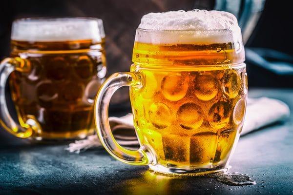 menú de comida mexicana: cerveza