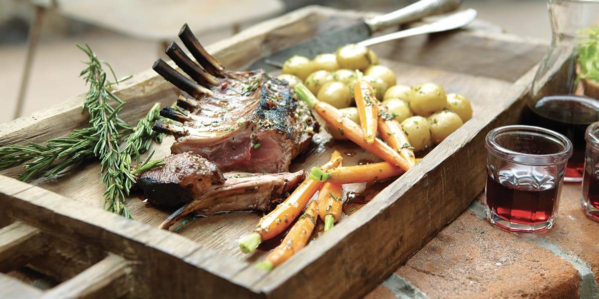 recetas de cocina Rack de cordero con vegetales a la parrilla