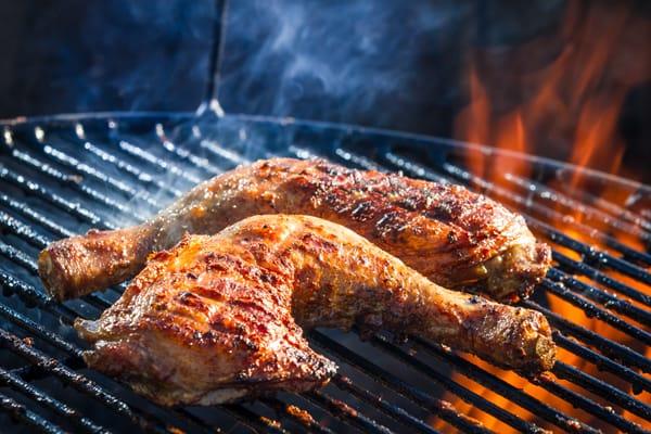¿Cómo asar piezas de pollo con hueso?
