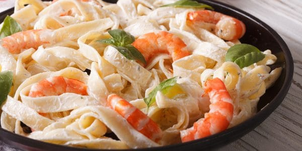 Fetuccini con camarones