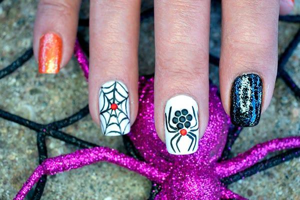 Uñas de Halloween araña