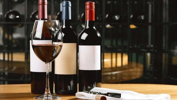 Lleva 3 paga 2 vinos y licores en Superama