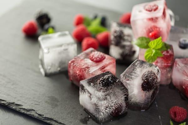 cubos-de-hielo-con-fruta