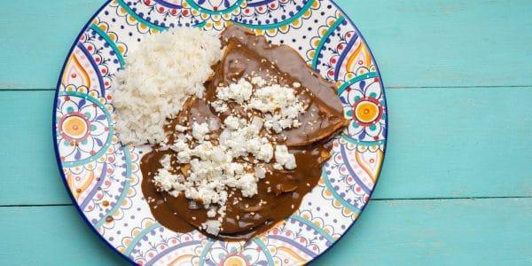 enchiladas-de-mole-vegetarianas