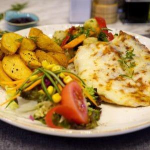 Filete-de-pescado-al-horno-con-papas
