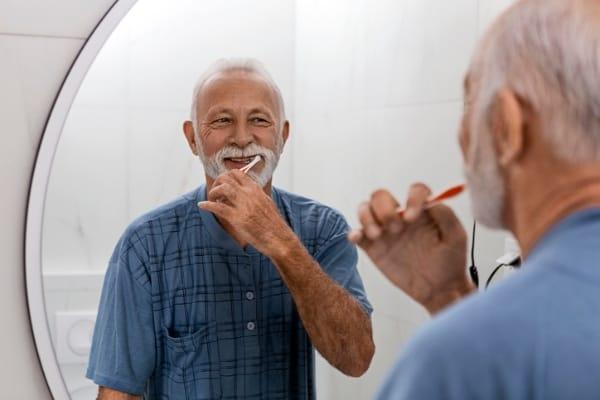 salud bucal en adultos mayores